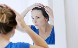 Опасно ли появление перхоти на голове и как с ней бороться в домашних условиях