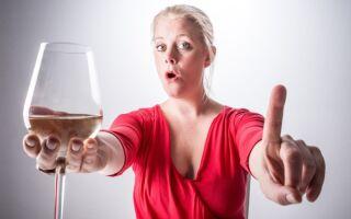 Почему запрещено употреблять алкогольные напитки после прививки от кори