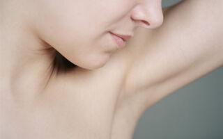 Причины появления зуда в подмышечных впадинах у женщин и методы устранения раздражения