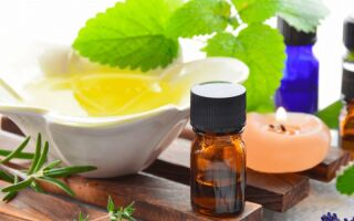 Применение масла чайного дерева для ускорения  процесса избавления от бородавок