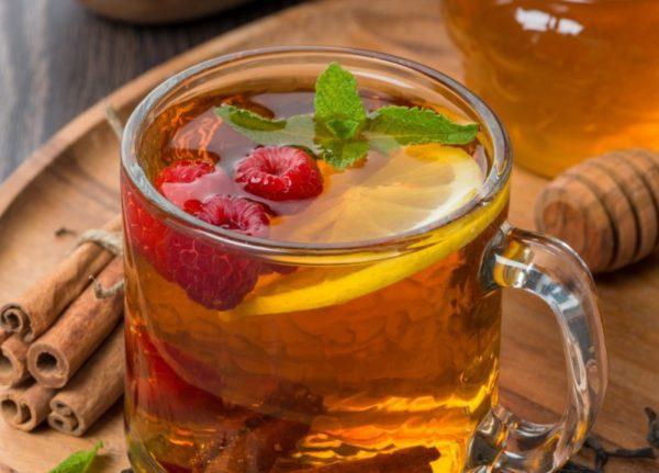 Чай с медом и с малиной