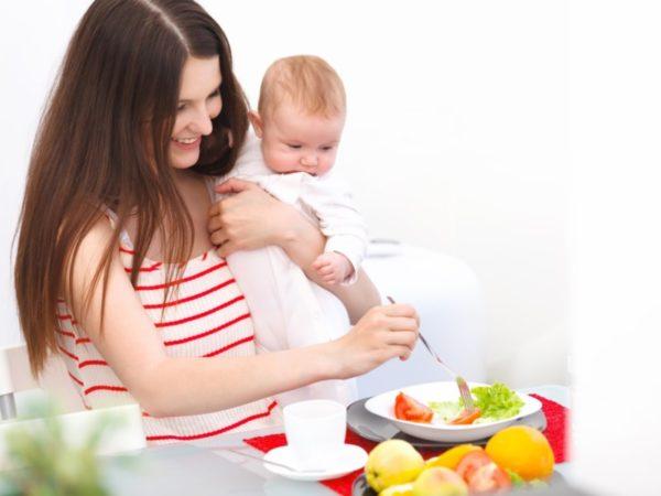 Полноценное питание кормящей мамы