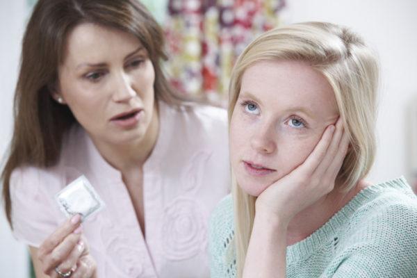 Отсутствие барьерных средств контрацепции