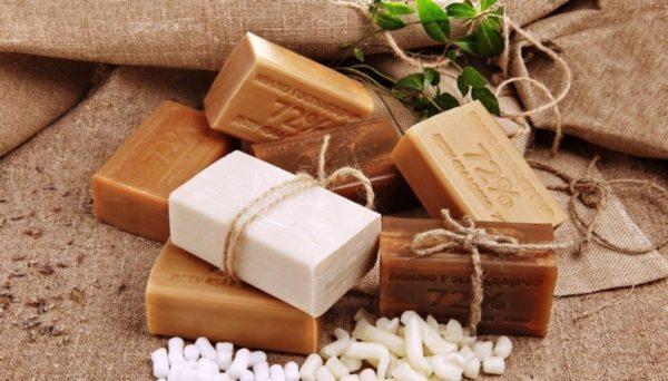 Применение хозяйственного мыла в лечении угревой сыпи на лице