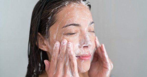 Умывание хозяйственным мылом